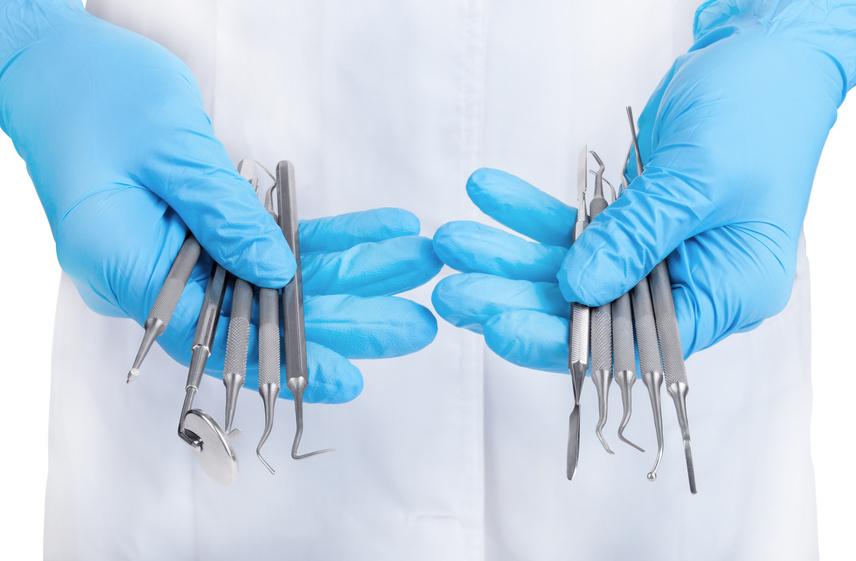 Quels instruments pour l'implantologie